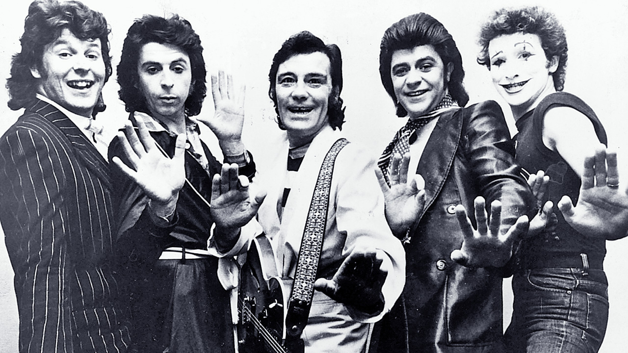 Sensational Alex Harvey Band Scottish pop group 1976